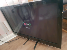 LG 42 INCH HD TV GREAT CONDITION