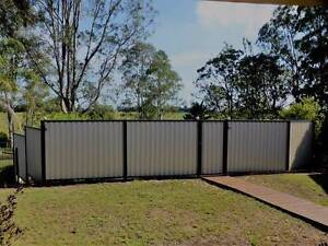 NEAR NEW FENCE PANELS Chambers Flat Logan Area Preview