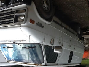 6.5 lts.  Diesel engine and automatic transmission London Ontario image 1