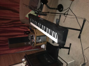 Yamaha Piagerro NP32 (76 key) with accessories for sale
