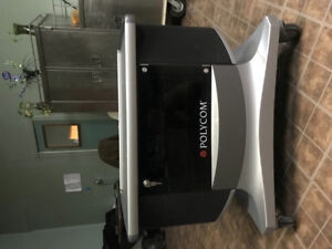 Tv troly/audio video base with built in speakers and tv mount