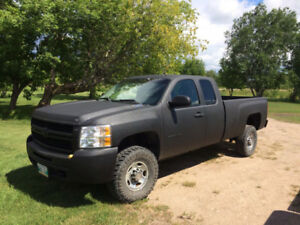 2009 Chevy Silverado 2500 HD Extended cab long box