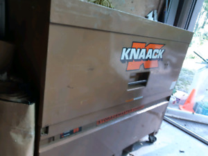 Heavy duty jobsite toolbox - pending pickup