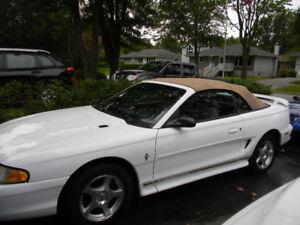 1997 Ford Mustang  aut,V8, PRIX 4,200 ,514-607-7993 a Repentigny