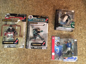 McFarlane Sports Figures NHL, NFL toys, toy, figure