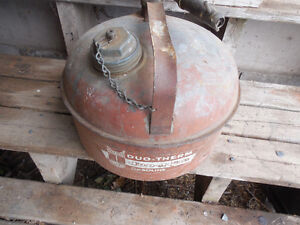 Antique EAGLE Gas can   PRICE REDUCED