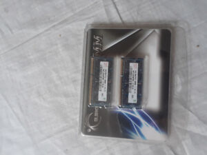 2 X 2GB laptop memoire