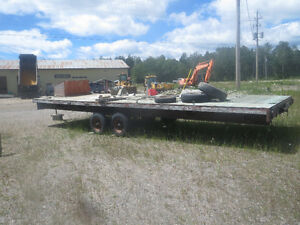 Long Dual Axle Flat Bed Trailer