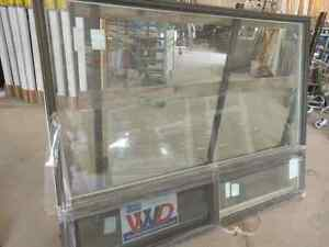 Vinyl windows new used