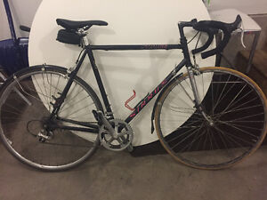 Specialized Sirrus road bike/Perfect commuter/project bike