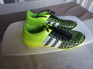 souliers de soccer Addidas