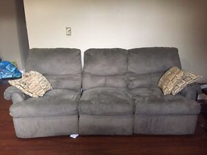 Couch NEED gone ASAP