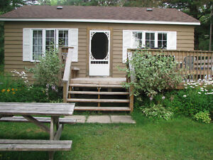 Muskoka Lakeside Cottage - Available Aug 27 week & Labour Day