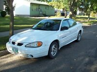 2000 Pontiac Grand Am SE Sedan