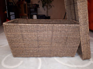Pottery Barn Wicker Ottoman