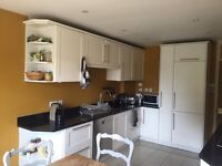 Room for rent in friendly shared house SW18