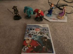 Disney Infinity starter pack for the Wii + Anna and Rapunzel