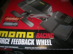 Logetech MOMO Racing Wheel & Pedals-PC/PS2/PS3