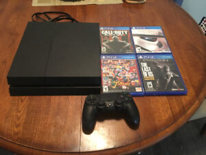 Play Station 4 + Games
