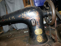 1800'S SINGER SEWING MACHINE FOR LEATHER