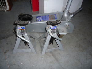 3 Ton Service Jack With 2 Jack Stands