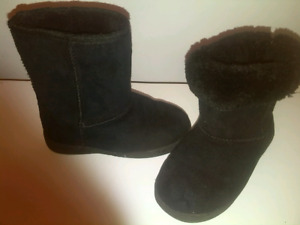 Girls toddler size 10 boots