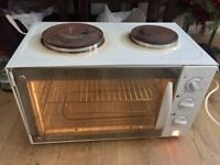 Russell Hobbs two hobs, grill & oven 3000W t