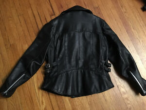 Woman's Leather Coat Cambridge Kitchener Area image 4