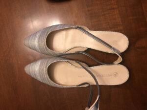 Great condition shoes $10