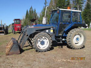 FORD 3910 4X4 LOADER CAB. ONLY 2600HRS