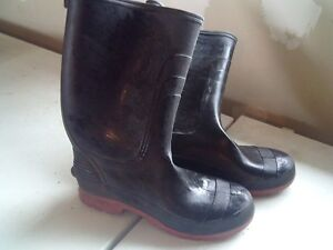 Rubber Boots Size 10 like new condition