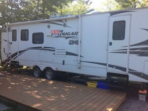 2010 29 foot RLS xtra lite Cougar trailer
