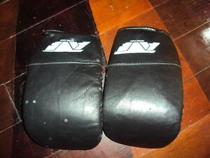 leather body bag workout gloves size large new condition