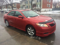 2009 Toyota Camry Berline**TOIT, CUIR ET MAGS**