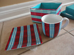 Second cup red/blue plaid coffee mug and saucer plate set New London Ontario image 3