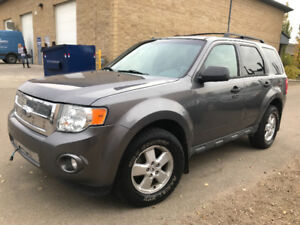 2009 FORD ESCAPE XLT ALL WHEEL DRIVE 118095 KM ALLOY WHEELS