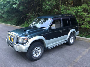 1993 Mitsubishi Pajero Diesel RARE 5 SPEED Must Sell!