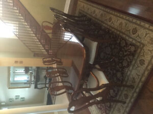 Formal dining room set with hutch all solid wood .see pictures