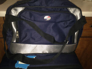 4 piece American Tourister luggage set