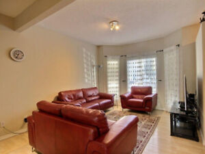 FOR RENT - Furnished Townhouse - 4 bedroom and 3 1/2 washroom