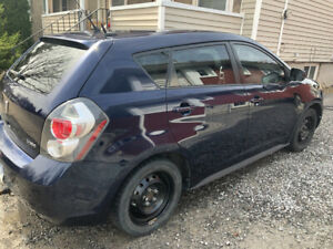2009 Pontiac Vibe (Safetied and Certified)
