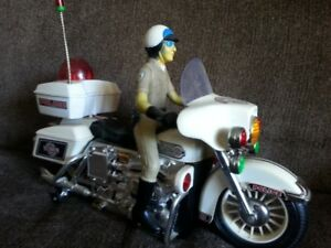 1980s Chips Tv Show look alike battery operated Motorcycle
