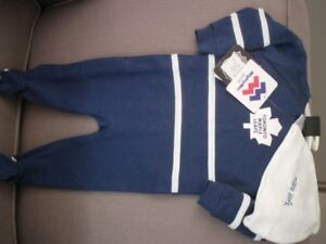 Toronto Maple Leafs sleepers fits 9 months brand new