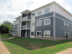 New Two Bedroom Apt, Ground Floor, 6 Appliances,  Two Washrooms