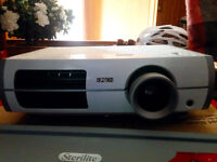 Epson Projector 1080p (PowerLite 8350, PERFECT condition)