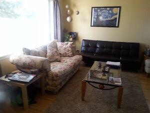 3 bedr main floor Killarney,SW,10 min LRT,MRU,DOWNTOWN,$999
