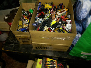 Large amount of Hot Wheels and other 1/64 Diecast cars
