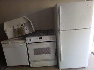 4 pc kitchen appliance combo for sale****