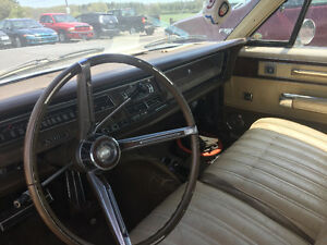 Hi I'm looking to sell my 1968 Chrysler New Yorker
