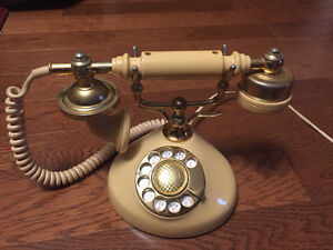 Antique Looking Dial Phone